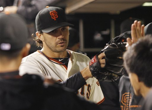 Zito, Sanchez lead Giants past Braves 5-2