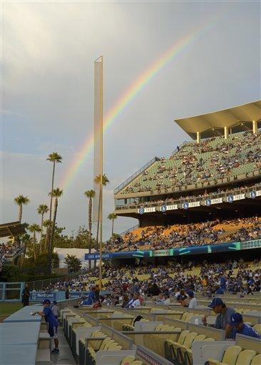 Diamondbacks beat Dodgers 2-0 to end 6-game skid