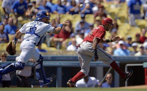 Dodgers beat Diamondbacks 5-4 to gain split