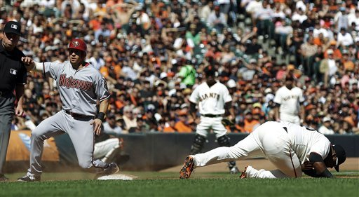 Scutaro, Posey rally Giants past D'backs 9-8 in 10