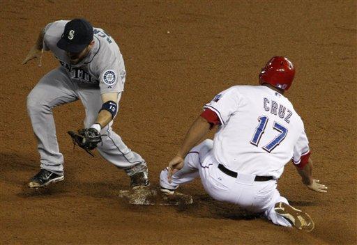 Darvish 15 wins, 200 Ks; Texas wins 9-3 over M's