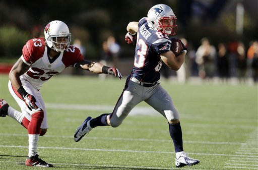 Mystery surrounds Welker's diminished playing time