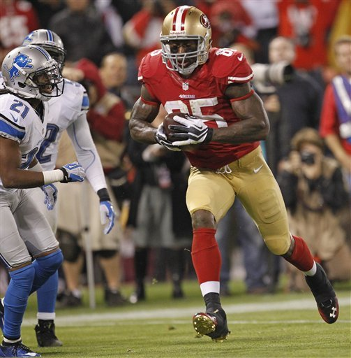 49ers Vernon Davis goes with celebratory jump shot