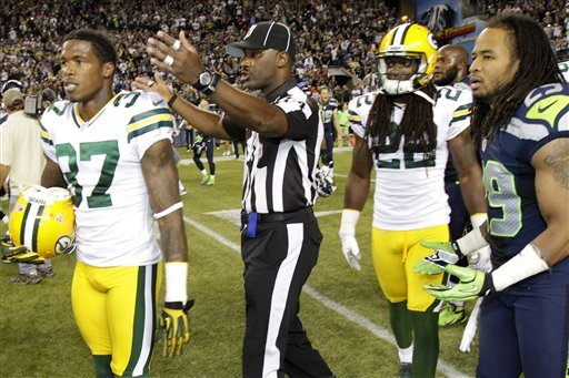 Ref Rage: Seahawks stun Pack on final play, 14-12
