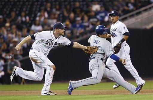 Dodgers beat Padres 8-4, inch closer to Cardinals
