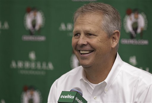 Aging Celtics not yet ready for youth movement