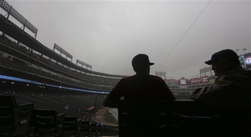 Angels-Rangers postponed by rain; play 2 Sunday