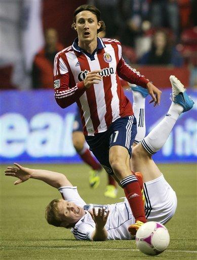 Camilo helps Whitecaps beat Chivas USA 4-0