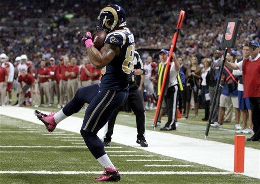 Rams get 9 sacks, bust Cardinals' unbeaten run
