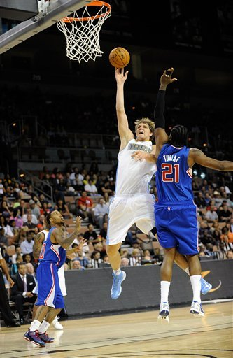 Lawson's lay-in lifts Nuggets over Clippers