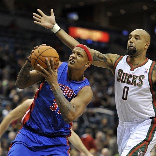 Ilyasova scores 22 points, Bucks beat Pistons