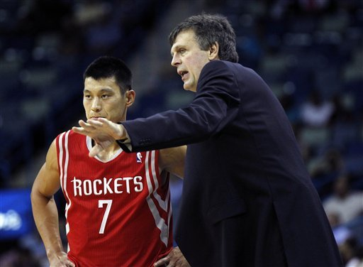 Carlos Delfino helps Rockets beat Hornets, 97-90