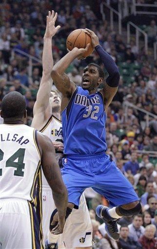 Williams duo score 21 each as Jazz top Mavs 113-94