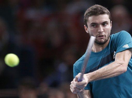 Polish qualifier Janowicz into Paris Masters semis