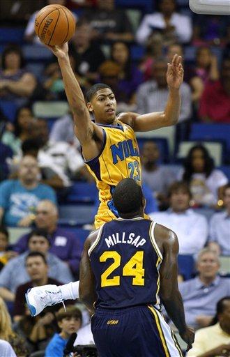 Hornets beat Jazz 88-86, Davis hurt