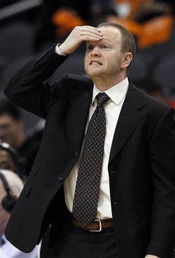 Gortat, Suns beat Pistons for 1st win of season