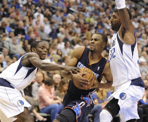 Mayo scores 30, Mavs top Bobcats again, 126-99
