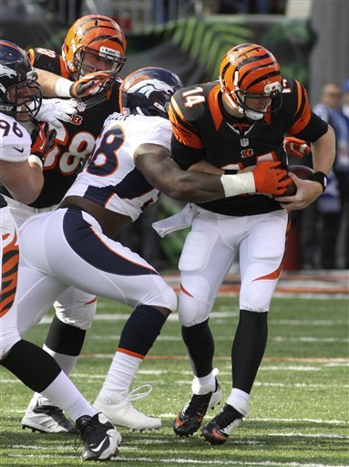 Manning's 3 TDs rally Broncos over Bengals 31-23
