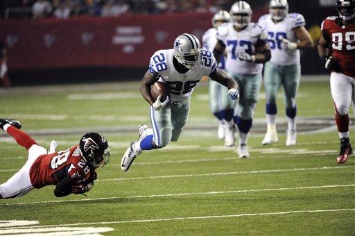 Turner helps unbeaten Falcons edge Cowboys 19-13