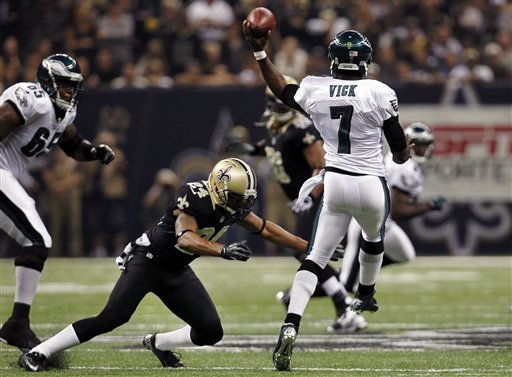 Brees, Robinson lead Saints past Eagles 28-13