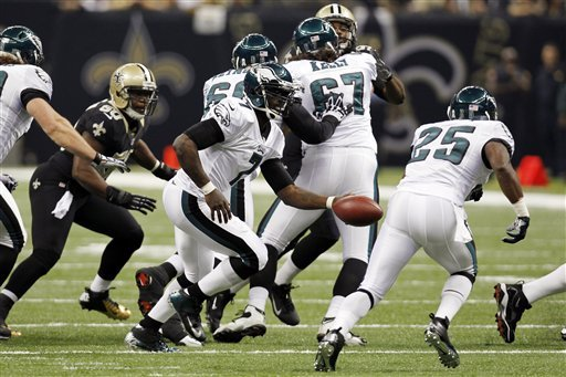 Brees, Robinson lead Saints past Eagles 28-13