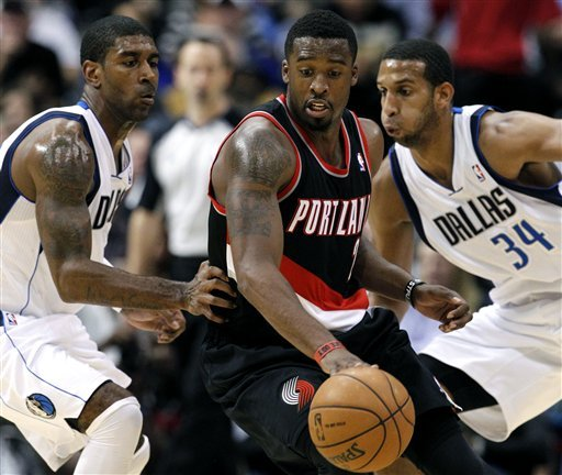 Mayo scores 32 for Mavs in 114-91 win over Blazers
