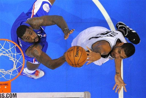 Clippers send Spurs to 1st loss, 106-84