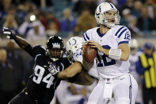 Luck runs for 2 TDS, Colts beat Jaguars 27-10