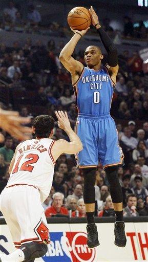 Durant helps Thunder edge Bulls 97-91