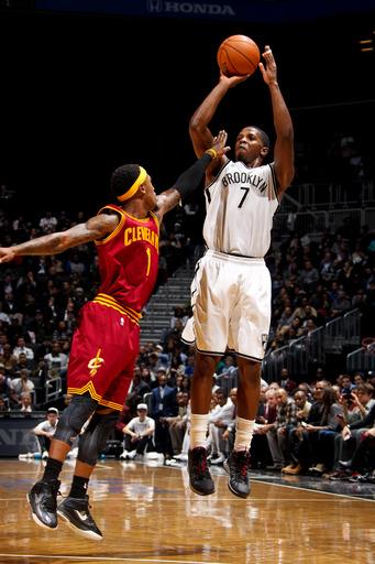 Williams, Johnson lead Nets over Cavaliers 114-101