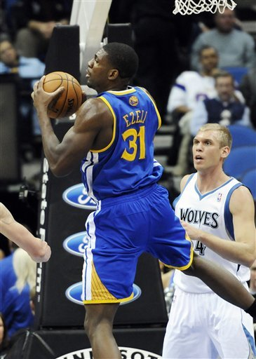 Warriors dominate paint in 106-98 win over Wolves