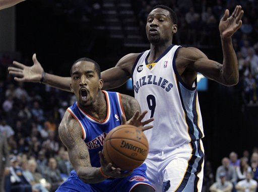 Grizzlies hand Knicks first loss, 105-95