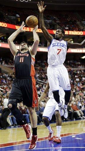 Richardson, Young lead 76ers over Raptors