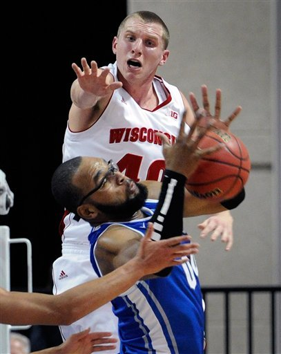 McDermott leads No. 14 Creighton over Wisconsin