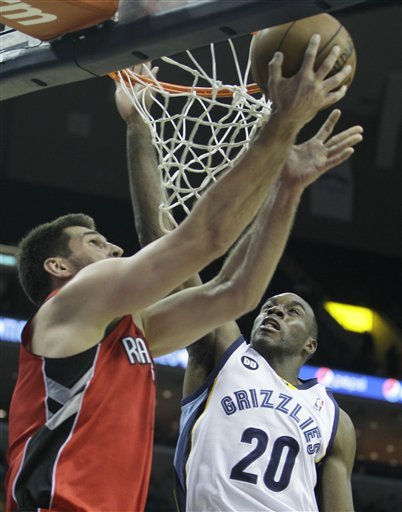 Speights scored 18 to lead Grizzlies past Raptors