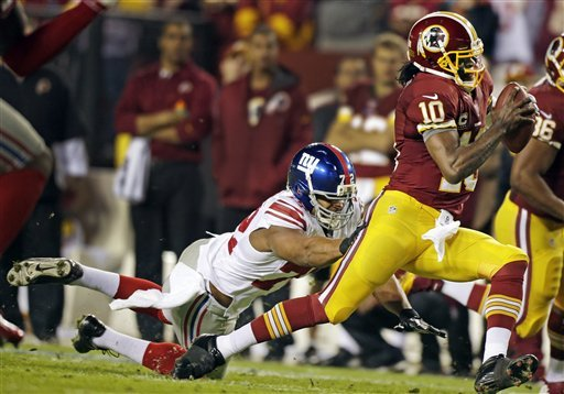 RG3, Redskins closing in on Giants with 17-16 win