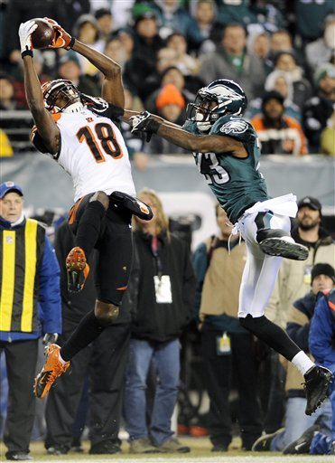 A.J. Green hangs onto a pass as Eagles' Dominique Rodgers-Cromartie defends. (AP Photo)
