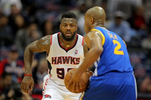 Lee leads road Warriors past Hawks, 115-93