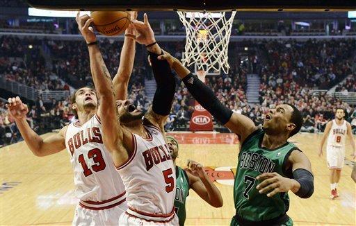 Deng, Boozer score 21 as Bulls beat Celtics 100-89