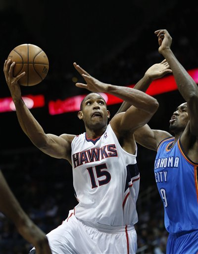 Durant scores 41 as streaking Thunder top Hawks
