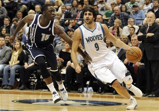 Barea, Wolves snap Thunder's 12-game streak