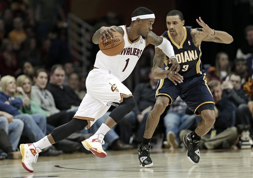 Pacers dunk sinking Cavs, 99-89
