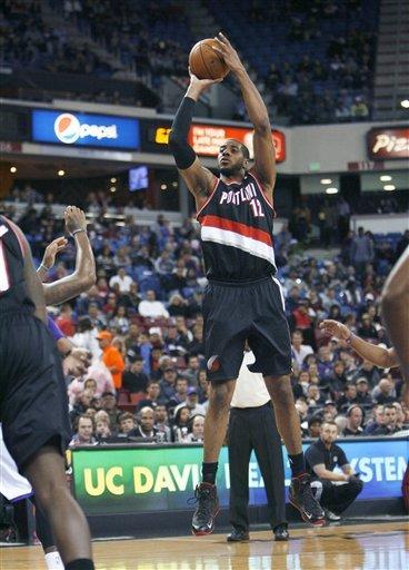 Thornton helps Kings snap Blazers' win streak at 5
