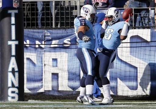Titans rout Jaguars 38-20 to wrap up season
