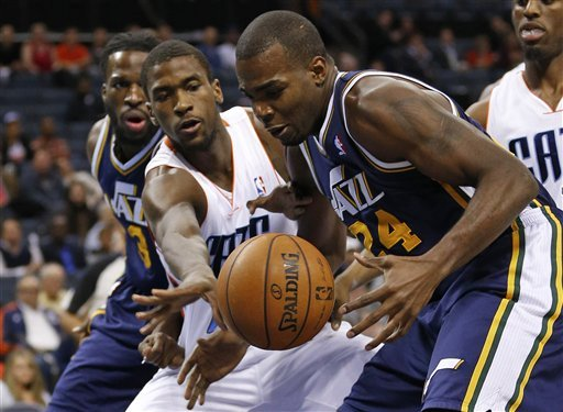 Jefferson scores 26 as Jazz defeat Bobcats 112-102