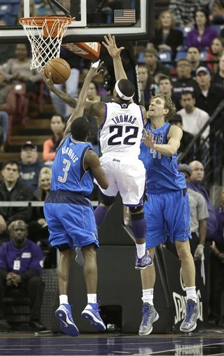 Mavs snap 4-game skid, beat Kings 117-112 in OT