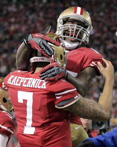 Kaepernick delivers, 49ers beat Packers 45-31