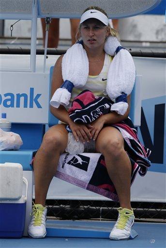Djokovic wins 17th straight match at Aussie Open