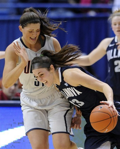 No. 3 UConn women earn 76-43 win over Villanova