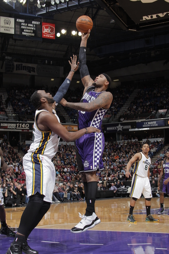 Thomas scores 25, Kings top Jazz 120-109